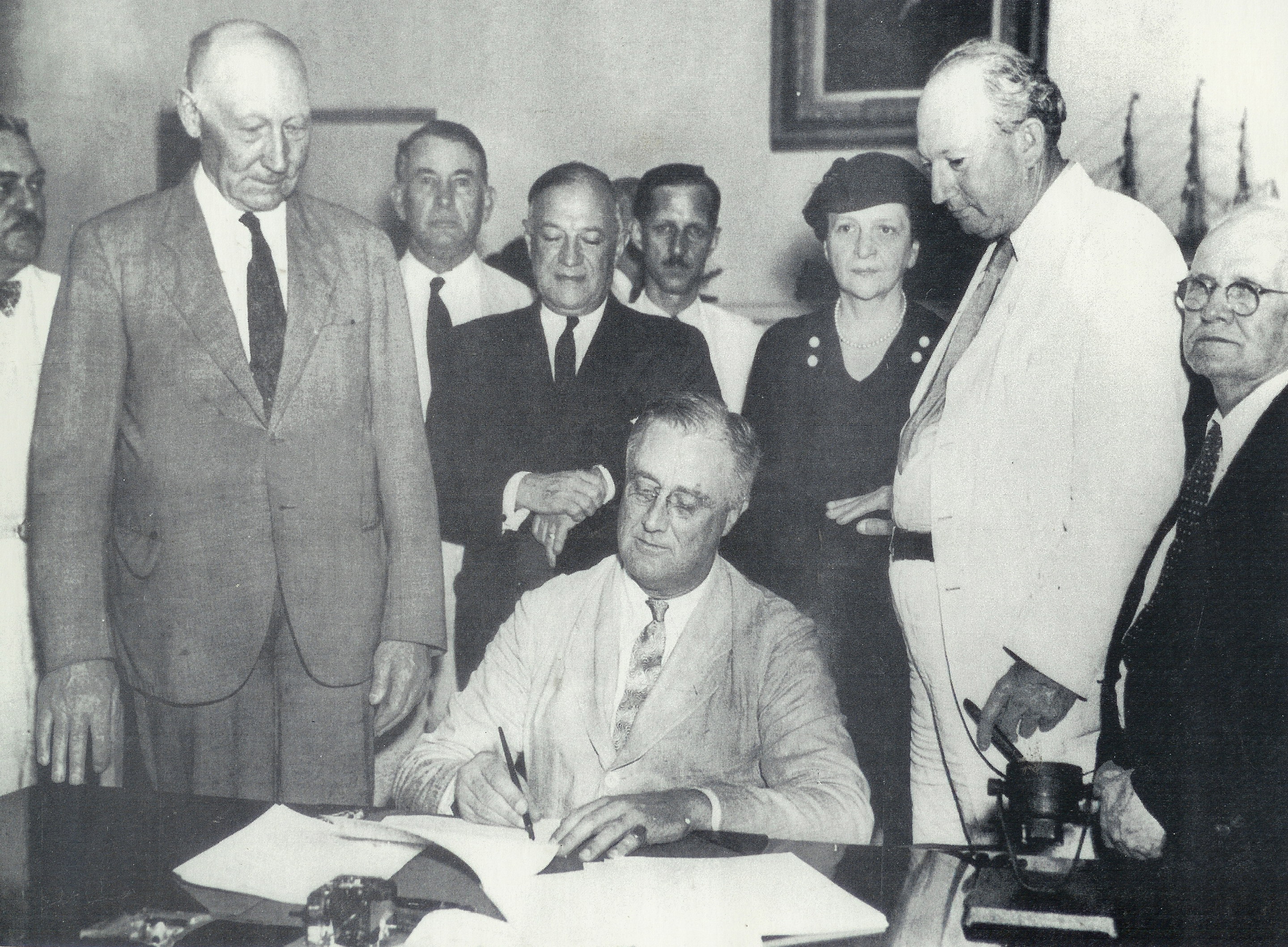 Essay on social security act of 1935